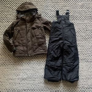Boys Snow Pant And Jacket Snow Bib New Size Xs/S for Sale in Newport Beach, CA