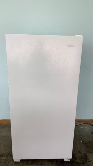 Frigidaire Standup freezer for Sale in Lorain, OH