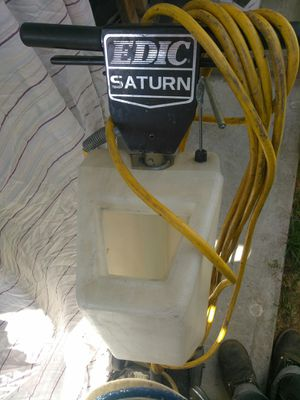 21 in Saturn floor buffer and scrubber for Sale in Hemet, CA