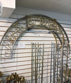 Metal arches for Sale in Lorain, OH