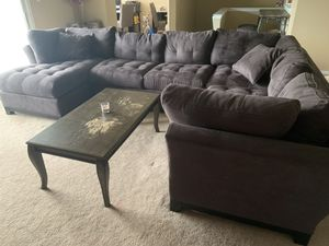 Raymour sectional for Sale in Sellersville, PA