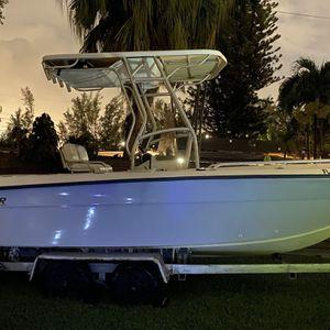 Angler 204 Center Consol Boat for Sale in Miami, FL