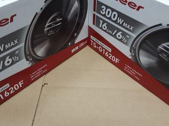 PIONEER 2pairs 6.5 inch 2 way 300 watts car Speakers for Sale in Commerce,  CA