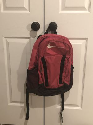 Pink nike backpack for Sale in Middletown, MD