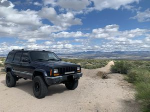 2000 Jeep Cherokee XJ for Sale in Bassett, CA