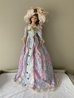 Beautiful Antique Turn of the Century Goldenvale Porcelin Doll 1-2000. for Sale in Farmington Hills, MI