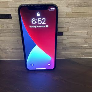 iPhone X 256gb Unlocked In Great Condition for Sale in Huntington Beach, CA