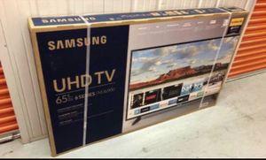 "65"" Samsung smart 4K UHD TV for Sale in Bloomington, CA"
