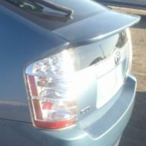 TOYOTA PRIUS TAIL LYFT GATE for Sale in Huntington Park, CA