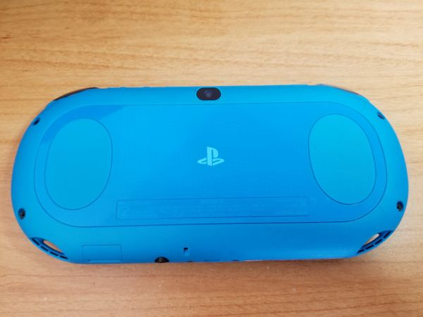 Modded/Hacked PS Vita Slim Blue PCH-2000 + 128gb SD2VITA