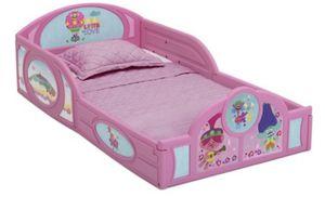 Toddler bed frame for Sale in Camden, NJ