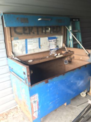 Knaack tool box for Sale in Kissimmee, FL