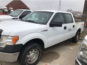 2013 Ford F-150 XL Crew Cab 4x4 Pickup Truck for Sale in Channahon, IL