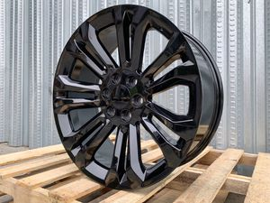"""Chevy GMC Pickup Rims 22""""x9 6x139.7 Gloss Black for Sale in Hayward, CA"""