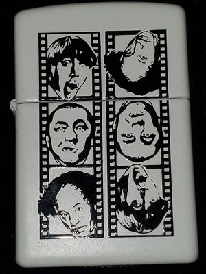 Rare 1998 3 Stooges Zippo Lighter for Sale in Lindenwold, NJ