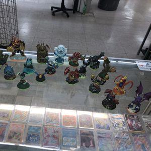 23 Skylander Figures for Sale in San Antonio, TX
