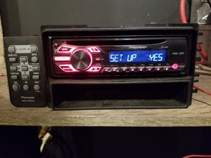 PIONEER CD RECEIVER WITH REMOTE for Sale in Southbridge, MA