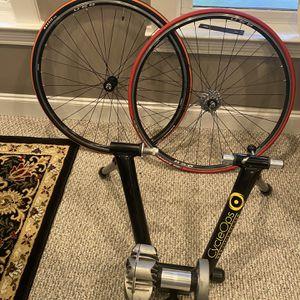 Cycleops Bike Trainer W/ Wheels $250 for Sale in Loganville, GA