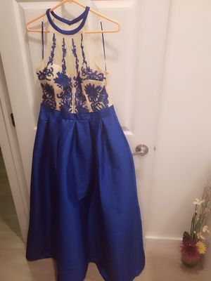 Royal blue gown for Sale in Oakland Park, FL