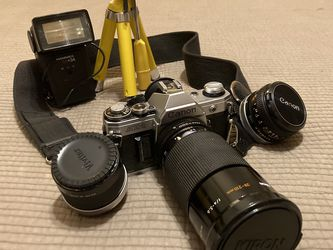 Vintage Canon Camera AE1 w/ Extra Lenses for Sale in St. Petersburg,  FL