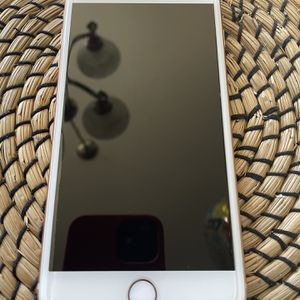 iPhone 8 Plus 64 GB Verizon Unlocked Any Compatible carrier for Sale in Livermore, CA