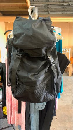 Big duffle travel bag for Sale in Winter Haven,  FL