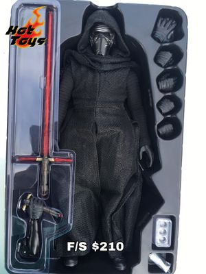 Hot Toys 1/6 Scale (MMS 320) Kylo Ren Action Figure from Star Wars for Sale in San Diego, CA