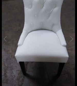 White chair for Sale in Fresno, CA