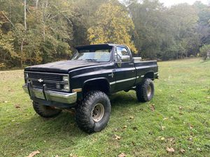 84 Chevy k10 for Sale in Brooklyn, MD
