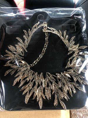 Vintage -Choker Neck piece for Sale in Silver Spring, MD