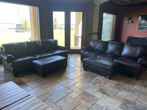 Leather couches for Sale in Auburndale, FL