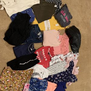 Girls Clothes Size Small Or 12 for Sale in Maricopa, AZ