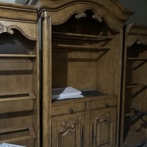 Solid Oak Wall Unit for Sale in Shorewood, IL