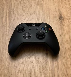 Microsoft Xbox One White Wireless Controller for Sale in Apex, NC