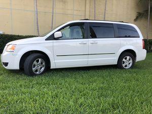 2010 Dodge Grand Caravan for Sale in Miami, FL