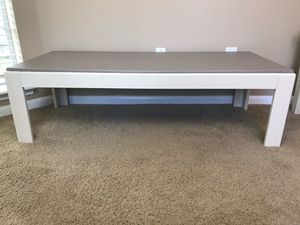 Coffee table & end table (farmhouse) (off white & light brown) for Sale in Katy, TX