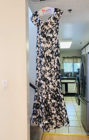NICOLE BAKTI: Black and White sequence dress. Size 12. for Sale in Glendale, CA