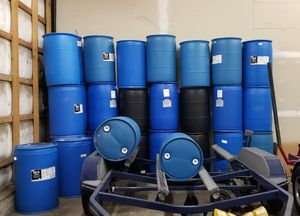 Plastic Drums 55 Gallon Barrels for Sale in Bothell, WA