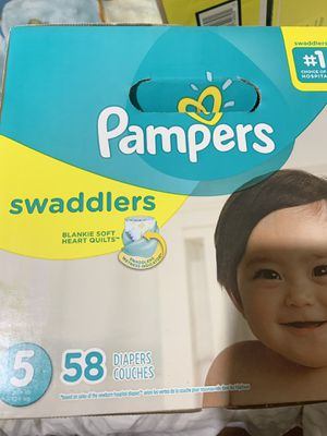 Pampers Swaddles size 5 for Sale in Los Angeles, CA