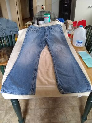 Men's True Religion Brand Jeans for Sale in Woodburn, OR