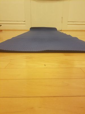 Extra thick and squishy yoga mat for Sale in Corvallis, OR