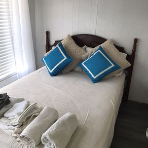 Full Size Bed for Sale in Wildwood, FL