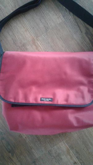 Kate Spade red messenger bag for Sale in Ottawa, IL