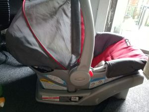 Graco Snug Ride Click&Go Car Seat for Sale in Waterbury, CT