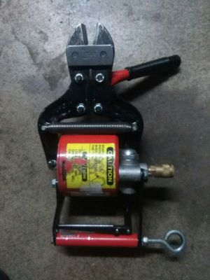 PNEUMATIC BOLT CUTTERS! for Sale in Lodi, CA