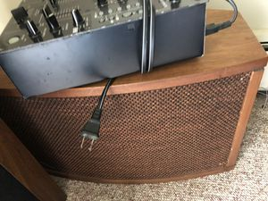 Two speakers Bose 901 for Sale in Hamilton Township, NJ