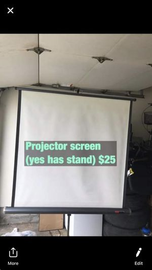 Projector screen for Sale in Bourbonnais, IL