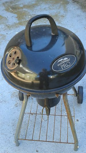 """MasterBuilt Pro"" BBQ Grill - All Metal and Portable - Just In Time For Tailgate Parties. $15. Cash for Sale in Clearwater, FL"