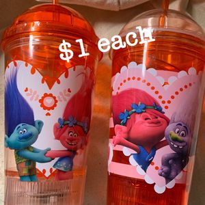 Trolls Light Up Tumbler Cups Hearts Love for Sale in Rosemead, CA