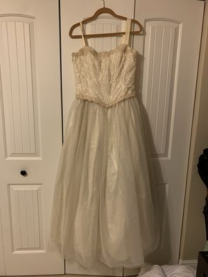 Free Wedding Dress for Sale in Miami, FL